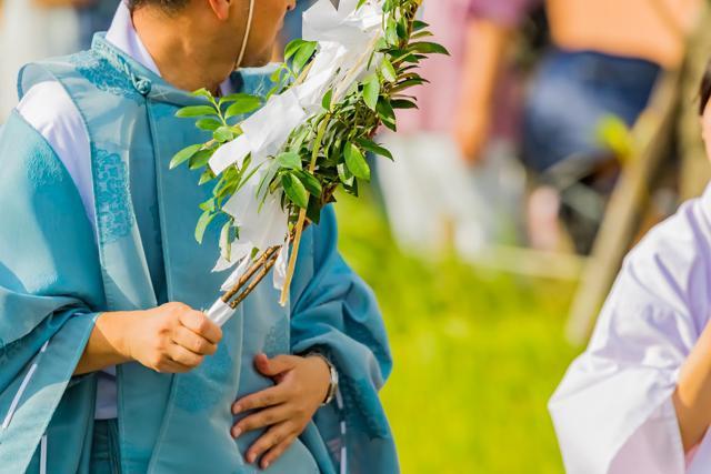 神道の50日祭では何をする?1日の流れや参列に用意するものも紹介のサムネイル画像