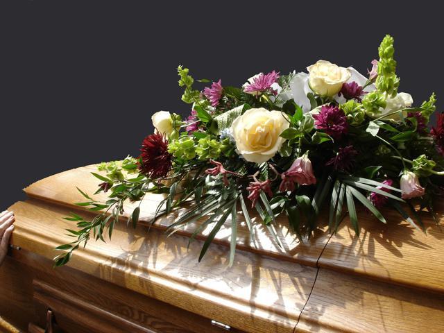 遺骨の処分に困ったらどうする?正しく遺骨を処分する方法は?のサムネイル画像