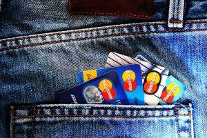 口座やクレジットカードの整理のサムネイル画像