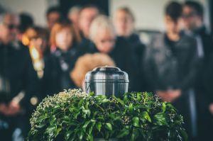 葬儀の香典のサムネイル画像