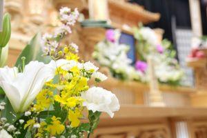 宗教によって使用する花に違いがあるのサムネイル画像